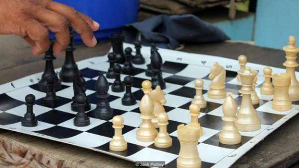 """Indian Village Of Marottichal Is Known As """"Chess Village"""" Due To Its Near 100% Chess Literacy"""