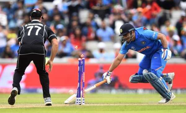 Dhoni Responsible For India Defeat: Indian Tv Channels