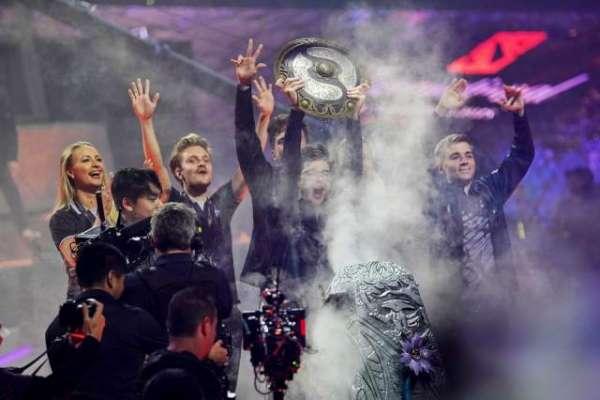 'Dota 2' champions won more money than top Wimbledon players